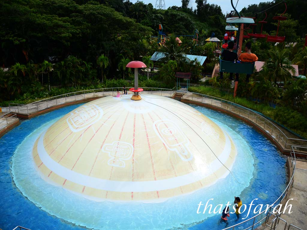 Wet Giant Bubble Bukit Merah Laketown
