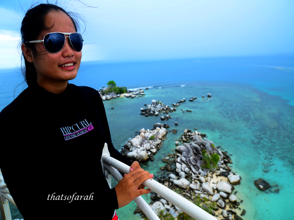 Di Puncak Lighthouse Lengkuas