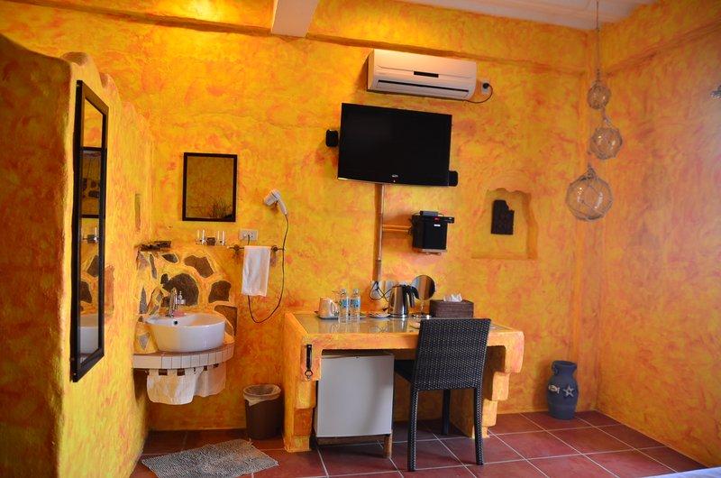 Kookays Maldito Dive Resort Room