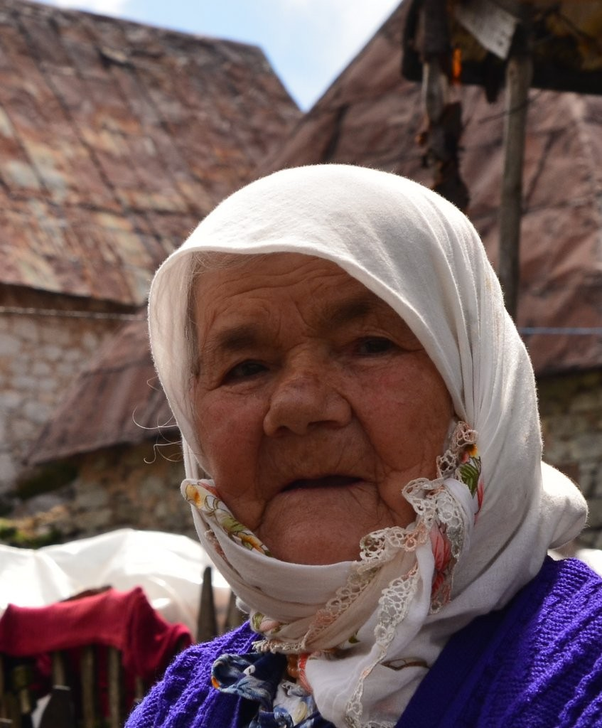 Lukomir woman