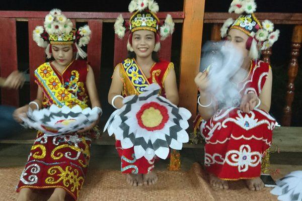 Borneo Cultural Trip - Lepo Badeng Apau Koyan